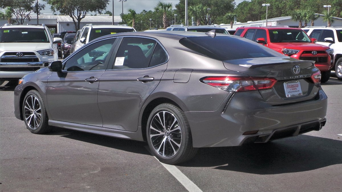 New 2019 Toyota Camry Se 4dr Car In Jacksonville 93008 Arlington